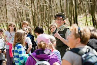Leśny Ogród Botaniczny w Marszewie, na zdjęciu leśnik Witold Ciechanowicz; Źródło httpwww.marszewo.edu.pl