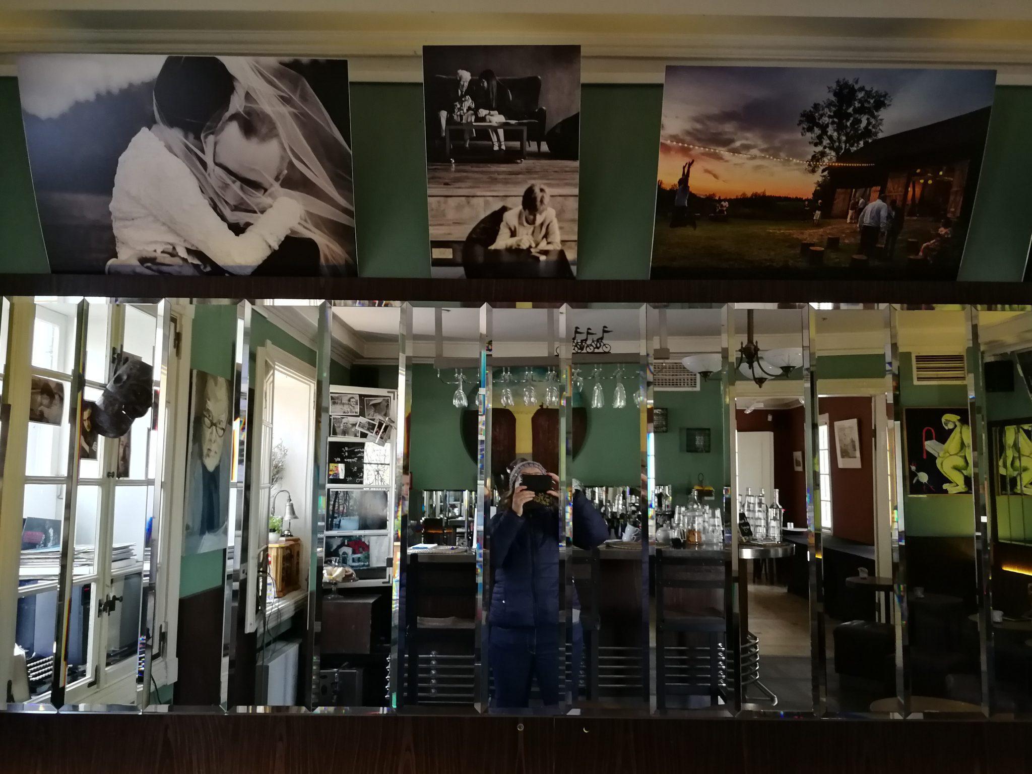 Kawiarnia-Artystyczna-Młody-Byron-w-Dworku-Sierakowskich-zdj.-Ania-Anna-Kotula