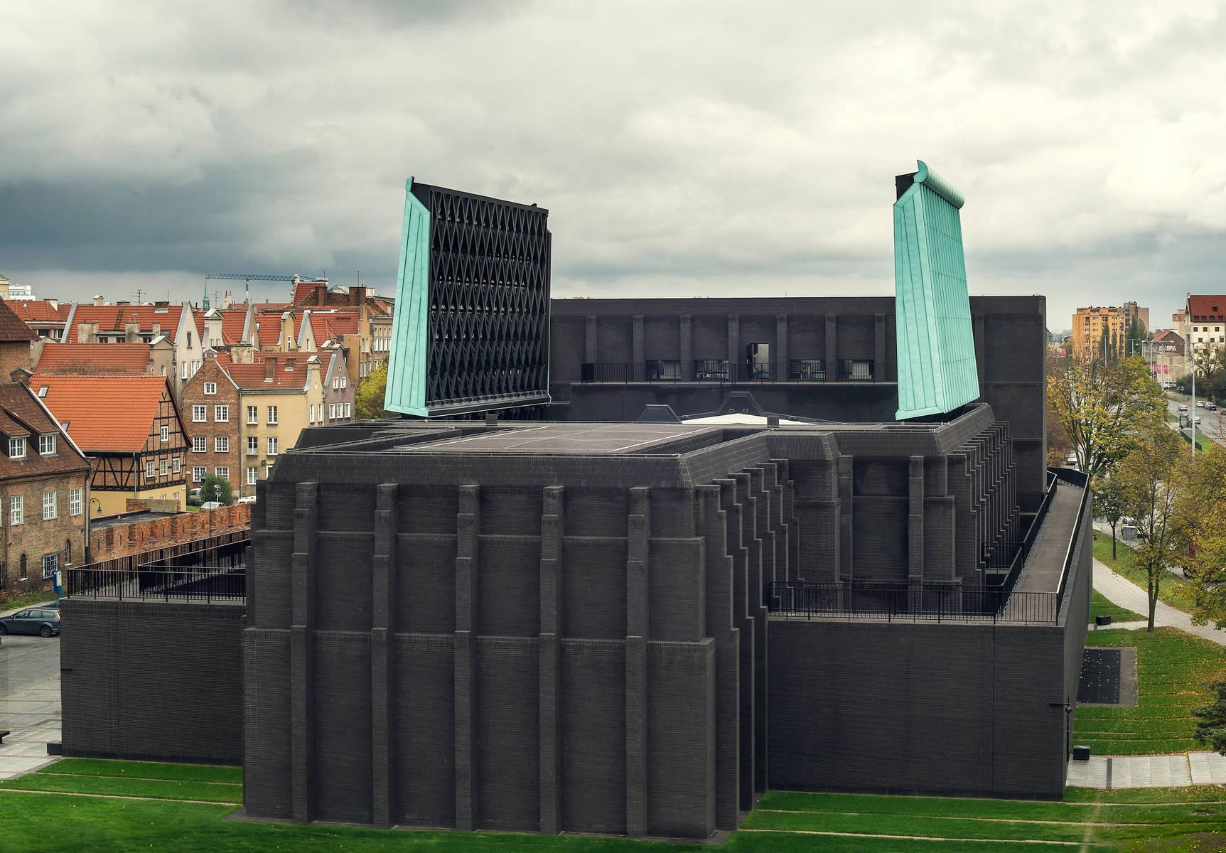 Teatr Szekspirowski w Gdańsku z otwartym dachem