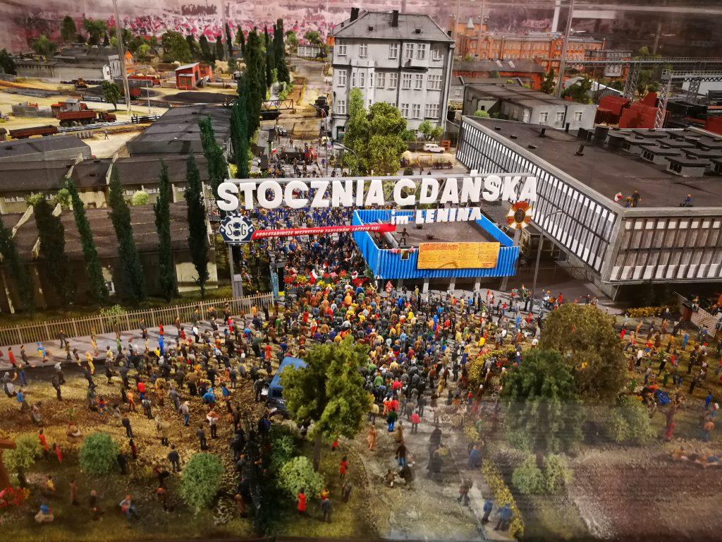 Sala-BHP-Gdańsk-makieta-stoczni-ze-strajku-w-1980
