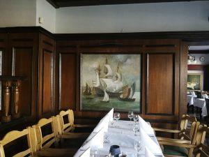 Restauracja-Taverna-w-Gdańsku-statki-z-flagami-Holandii